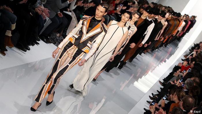 Fashionweek-Show von Hugo Boss. Foto: Sebastian Willnow/dapd