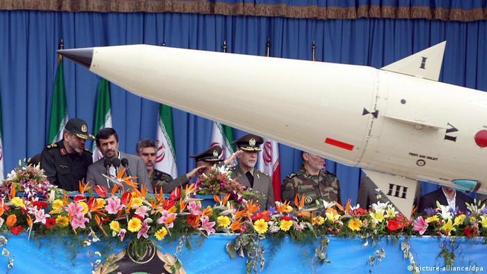 «غرب میتواند به مردم ایران بفهماند که با دستیابی آنان به برنامه صلحآمیز هستهای مشکلی ندارد»