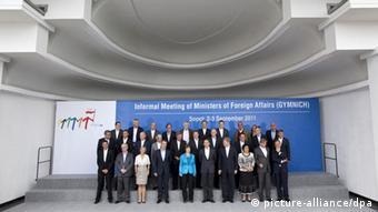 Die EU-Außenminister posieren beim Treffen der EU-Außenminister in Zoppot, Polen, für das Familienfoto (Archivbild von 2011: dpa)