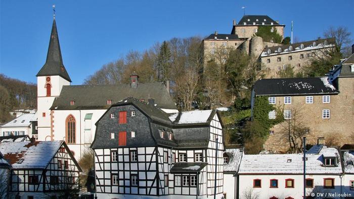 Фахверковые дома и замок