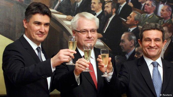 Хрватскиот државен врв ги слави резултатите од референдумот