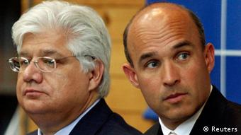 Jim Balsillie (r) und Mike Lazaridis (Foto: Reuters)