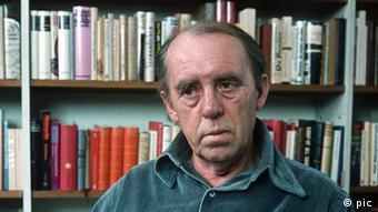 هاینریش بل در سال ۱۹۷۷