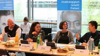 جلسه بحث هیات داوران در موردکاندیداهای مسابقه - ۲۰۱۱