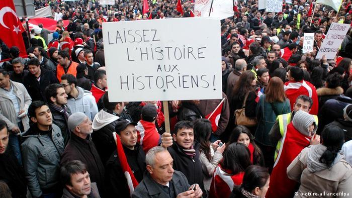 Demonstrators against the legislation in Paris