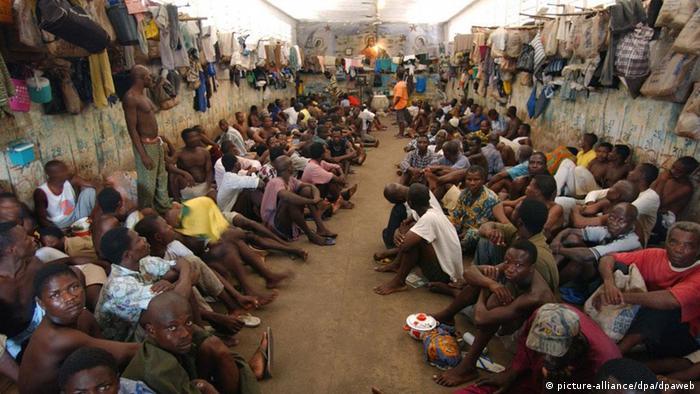 """Résultat de recherche d'images pour """"image de prison africaine"""""""