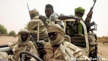 Darfur-Rebellen auf Patrouille im Süden Darfurs