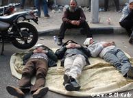 جنبش جوانان در منگنه قدرت نظامیان از یک سو و نیروی اسلامگرایان