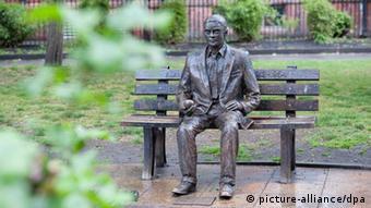 Das Alan-Turing-Denkmal in Manchester (Foto: dpa)