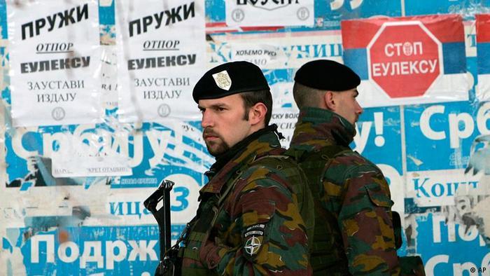 KFOR Friedenstruppen Kosovo im März 2009