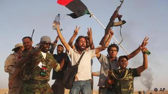 Libysche Rebellen in Bani Walid im September 2011 (Foto: DAPD)