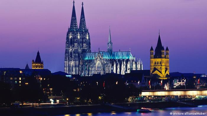 صورة رمزية لجانب من مدينة كولونيا الألمانية