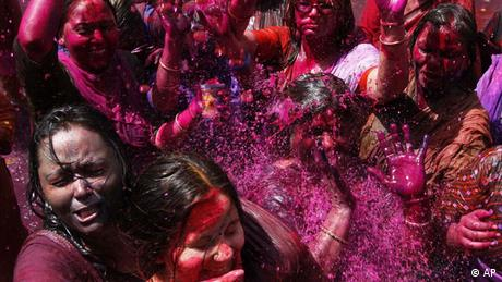 Indien Holi Fest Farbenfest Allahabad