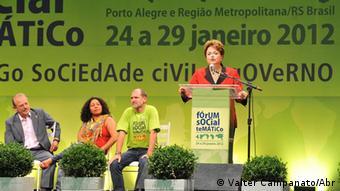 Brasilianische Präsidentin Dilma Rousseff beim Weltsozialforum in Porto Alegre am 26.01.2012. (Foto: Valter Campanato)