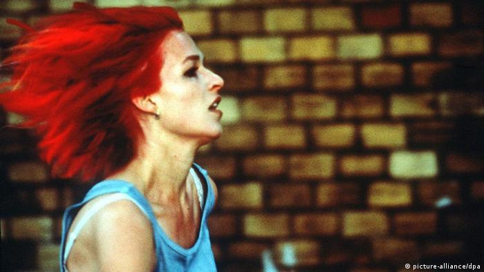 Deutschland Geschichte Film Filmszene Lola rennt (picture-alliance/dpa)