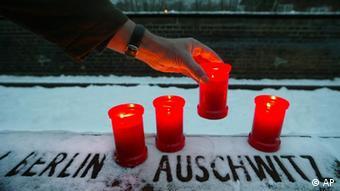 Kerzen Jahrestag KZ Auschwitz