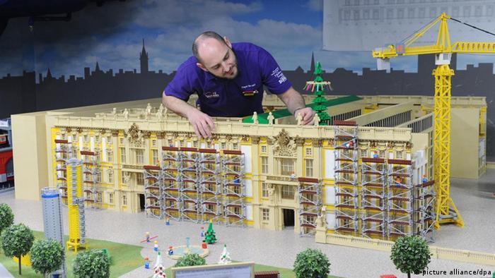Берлинский Городской дворец из конструктора Lego