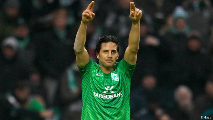 Claudio Pizarro vuelve a Bremen para cerrar con broche de oro una carrera futbolística llena de triunfos.