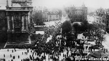 Novemberrevolution in München 1918 (picture-alliance/dpa)
