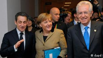Nicolas Sarkozy, Angela Merkel and Mario Monti arrive at summit