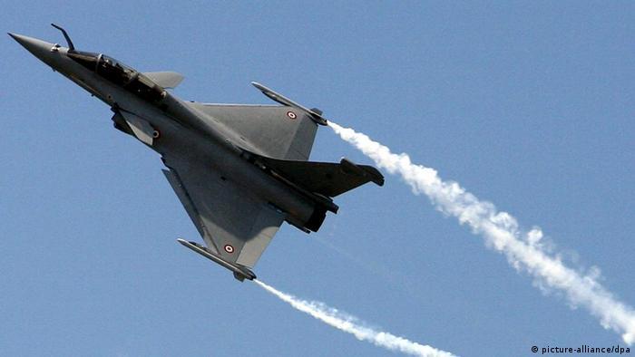 Französisches Kampfflugzeug (Foto: dpa)