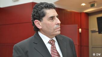 Mauricio Rojas Mullor, director de la Escuela de Profesionales de Inmigración y Cooperación.