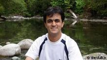وکیل سعید ملکپور میگوید تقاضای اعاده دادرسی را کرده و امیدوار است با درخواست او موافقت شود