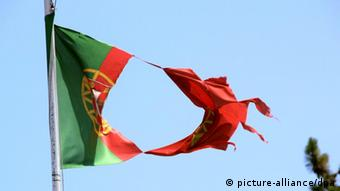 ...enquanto Portugal é um dos países mais pobres da Europa, diz semanário Der Spiegel