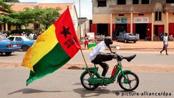 Guinea-Bissau Bissau Stadt Hauptstadt Fahne Flagge