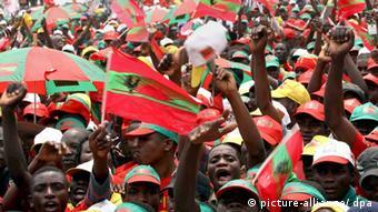 Adeptos da UNITA, o maior partido da oposição