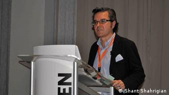 Javier Celaya speaks at the ifbookthen conference