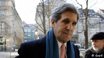 John Kerry arrives at a security conference (Photo:Frank Augstein/AP/dapd)