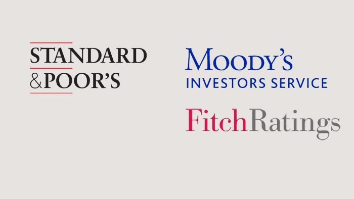 Symbolbild Logo Ratingagenturen Fitch Moody's Standard & Poor's