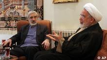 میرحسین موسوی و مهدی کروبی − ۱۰ اکتبر ۲۰۰۹.