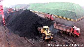 Coal transport in Yangzhou, Jiangsu, China