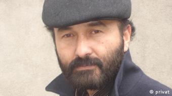 علی پیام، نویسنده مجموعه داستان «قطعه ای از بهشت».