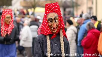 Alemannische Hexe Holzmaske Fasching Karneval