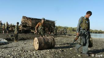 Tanks in Kunduz (ddp images/AP Photo, File).