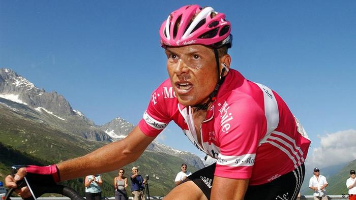 German cyclist Jan Ullrich is on his way to the Furka pass in this Sunday, June 19, 2005 file photo, during the 9th and last stage of the Tour de Suisse 2005 cycling tour. (AP Photo/Keystone, Eddy Risch)