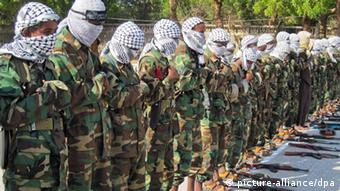 Al-Shabab militia lined up