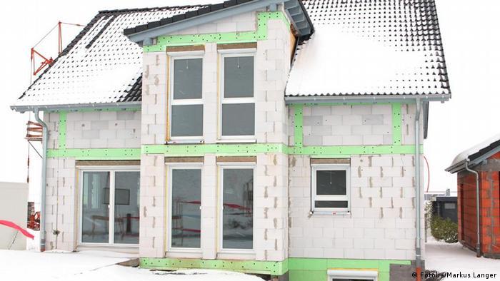 Haus Bau Winter Schnee Beton