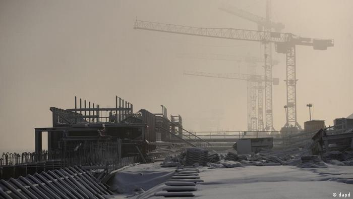 construction site in the winter Foto: David Hecker/dapd