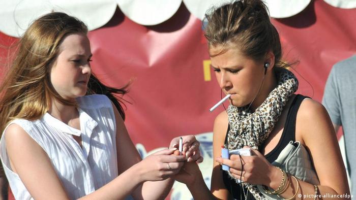 Rauchende Jugendliche