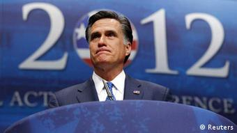 U.S. Republican presidential candidate and former Massachusetts Governor Mitt Romney addresses the American Conservative Union's annual Conservative Political Action Conference (CPAC) in Washington, February 10, 2012. REUTERS/Jim Bourg (UNITED STATES - Tags: POLITICS) // Eingestellt von wa