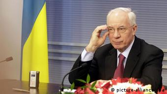 Ukrainian Prime Minister Mykola Azarov during a press conference after meeting with Latvian Prime Minister Valdis Dombrovskis in Riga, Latvia, 10 February 2012. (Photo: dpa)