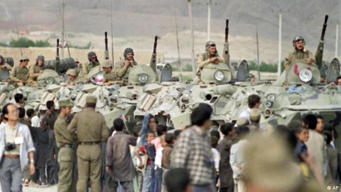 Soviet troops leaving Jalalabad in 1988
