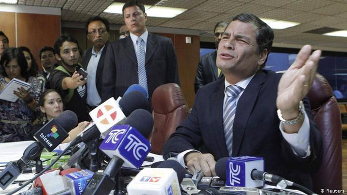 """""""Ecuador es criticado sobre todo por la creación de instituciones estatales que supervisarán los contenidos de los medios"""", sostiene Wolff."""