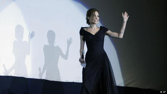 Angelina Jolie bei der Premiere von In the Land of Blood and Honey in Sarajevo (Quelle: Amel Emric/AP/dapd)