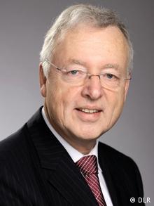 Professor Ulrich Schumann, Direktor des Instituts für Physik und Atmosphäre des Deutschen Zentrums für Luft- und Raumfahrt in Oberpfaffenhofen (Foto: DLR)