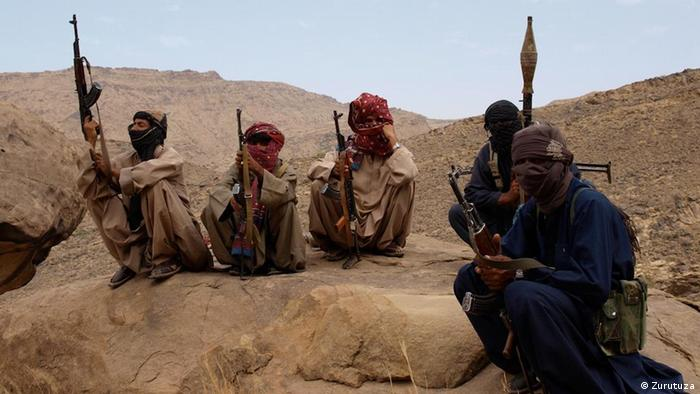 Baloch insurgents in the rugged mountains of Pakistan (Photo: Karlos Zurutuza)